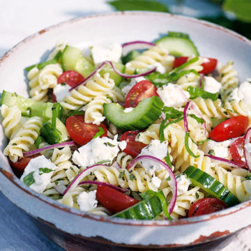 Greek salad with fusilli